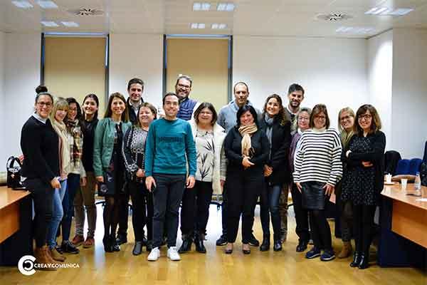 La Cátedra OTP&UMH organiza un desayuno informativo sobre el proyecto ciudades que brillan: organizaciones saludables y solidarias